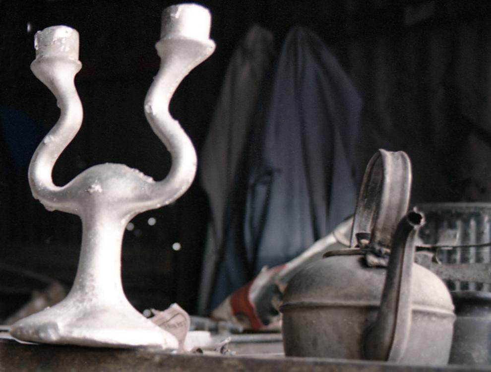Y'A T-IL UNE VIE APRÈS LE DESIGN ? Lampe Aladin D'après E... 1993