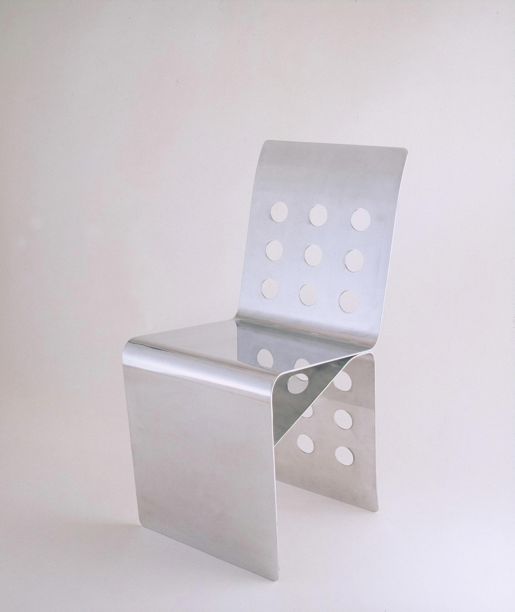 DIX-HUIT TROUS Chaise Aluminium 18 AOUT  ( Berrux ... 1990